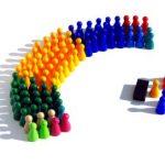 La política: el proceso de convertirse en pueblo (EG 220)