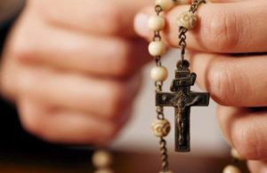 manos-rosario