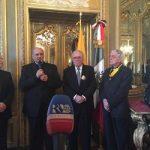 El padre Federico Lombardi recibe la condecoración mexicana del Águila Azteca