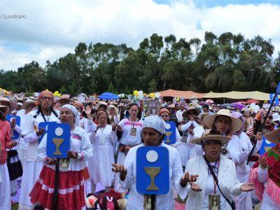 PEREGRINACIÓN FEMENINA. Santa Misa , EL LLANO (BOSQUE)