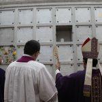 HOMILÍA EN LA CELEBRACIÓN EUCARÍSTICA EN LA CONMEMORACIÓN DE  TODOS LOS FIELES DIFUNTOS