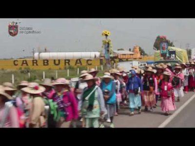 8ª PEREGRINACIÓN FEMENIL  AL TEPEYAC. 18 de Julio de 2017. Nuestras hermanas peregrinas en el trayecto Polotitlán – Arroy Zarco. *Rezo de 1ra. y 2da. Parte del Santo Rosario.